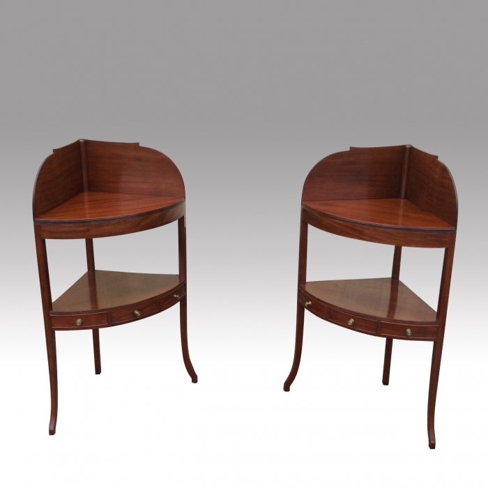 Superb Pair Of Georgian Corner Wash Stand Tables With Gallery Backs