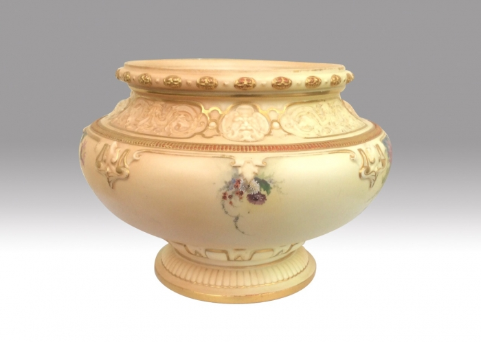 Magnificent Large Antique Blush Ivory Royal Worcester Jardinere