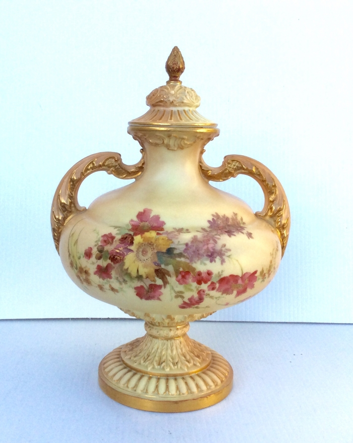 Beautiful Large Antique Royal Worcester Urn With Cover