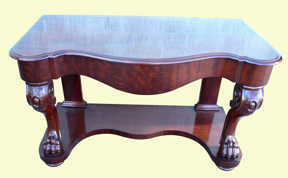 Very Good Victorian Mahogany Side Table