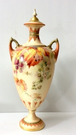 Beautiful Antique Royal Worcester Vase Complete With Original Cover - Click to Enlarge