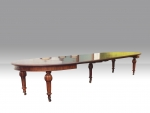 large Antique Mahogany Quality Extending Dining Table . - Click to Enlarge