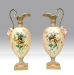 PAIR OF ANTIQUE ROYAL WORCESTER PEDESTAL EWERS VASES - Click to Enlarge
