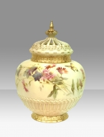 Fabulous  Antique Royal Worcester Pot Pourri Rose Jar and crown cover - Click to Enlarge
